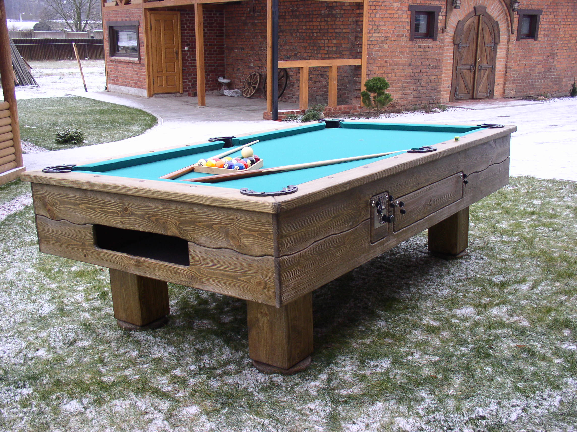 Country-Coin-Billiard-table_5