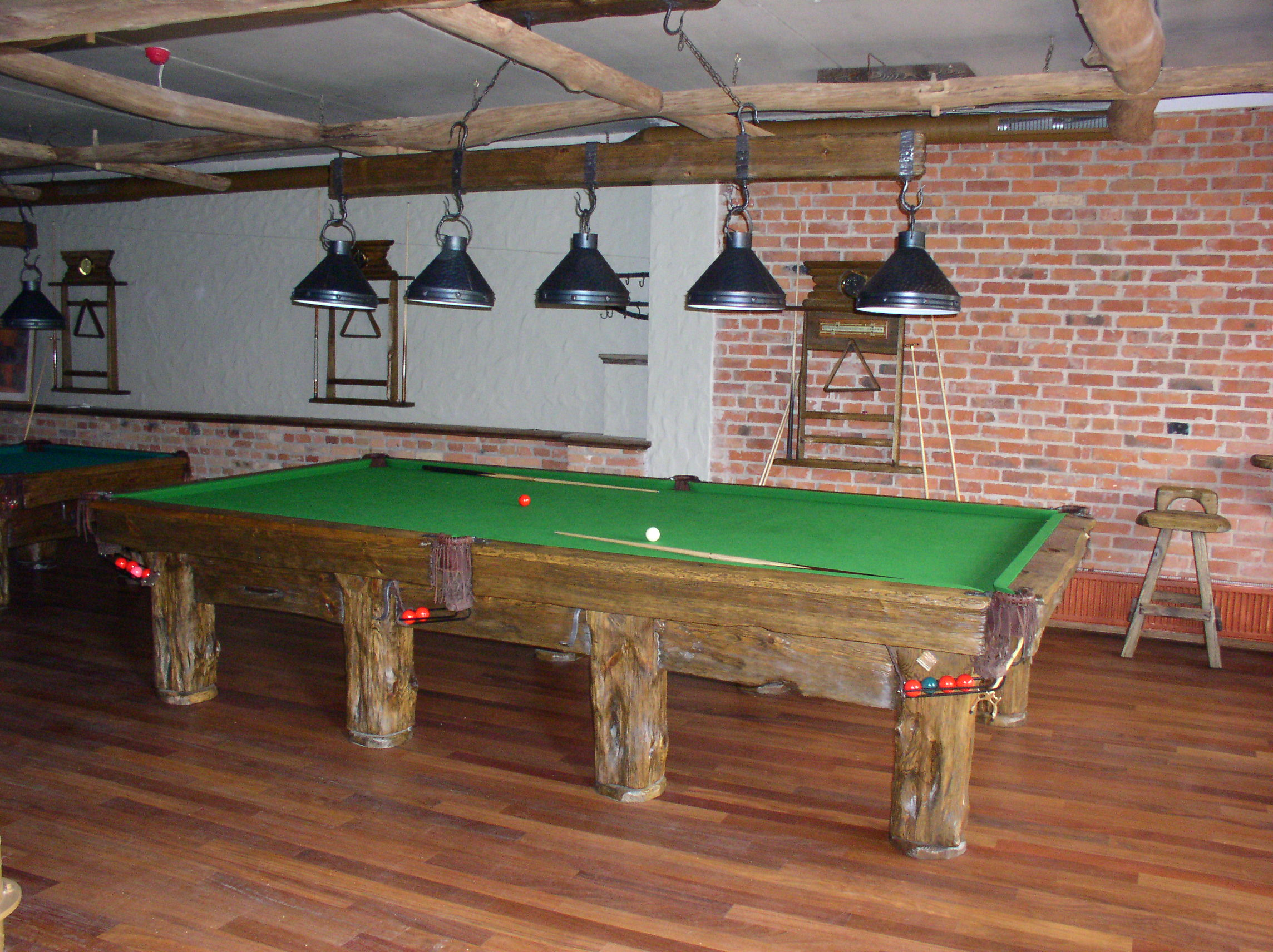 Country-deluxe-billiard-table_4
