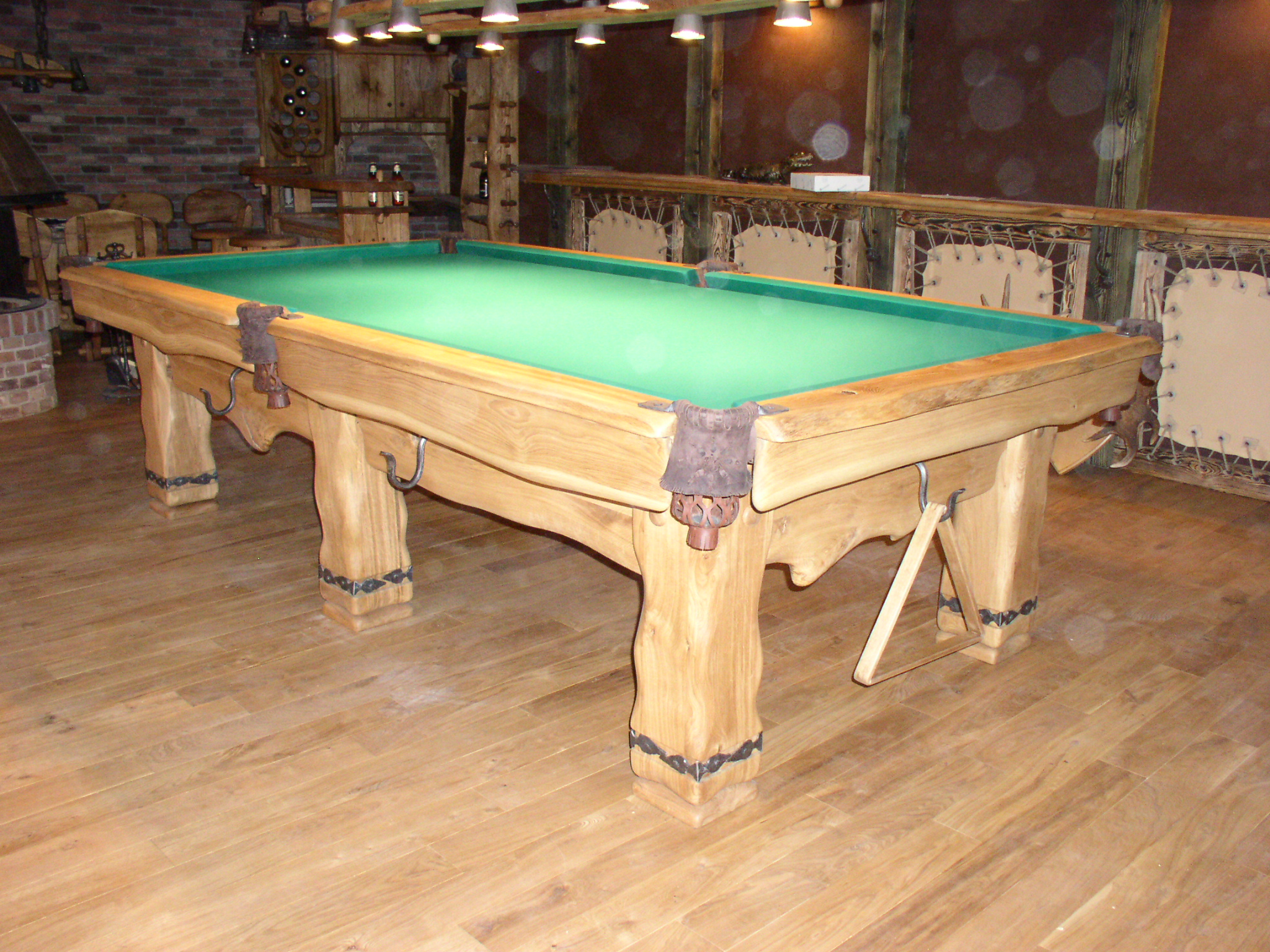 Country-Oak-billiard-table_2