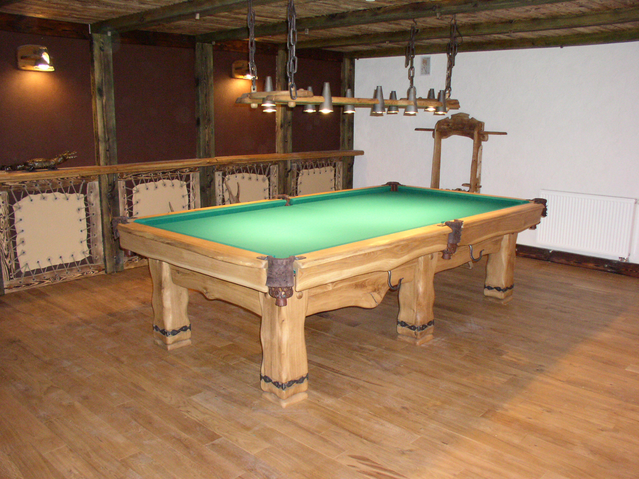 Country-Oak-billiard-table_5
