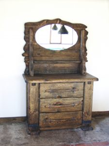 Country-Drawer-chest