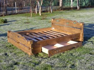 Country-bed-LO_04-3-1