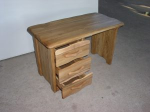 Country-desk-2-1