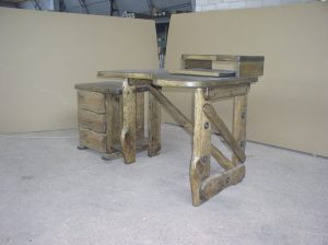 Country-desk-3-1